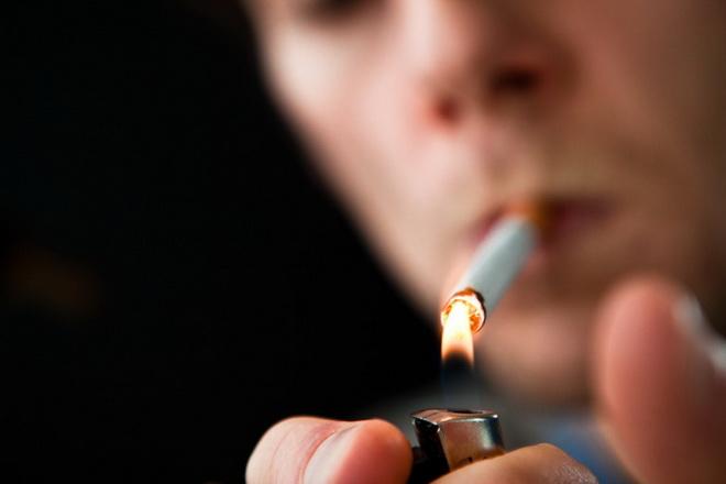Курение может привести к микроинсульту