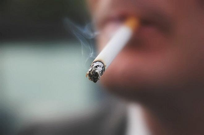 Курение - одна из причин инсультов