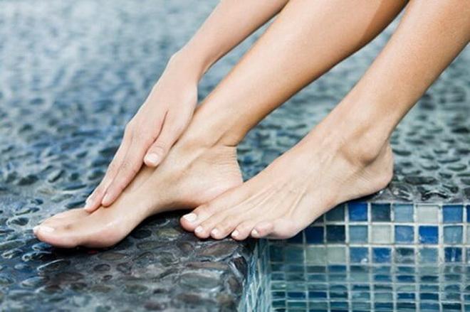 Побледнение ног