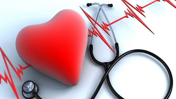 Для правожелудочковой сердечной недостаточности характерно