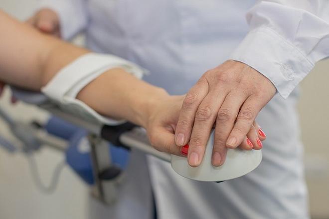 Отек руки после инсульта