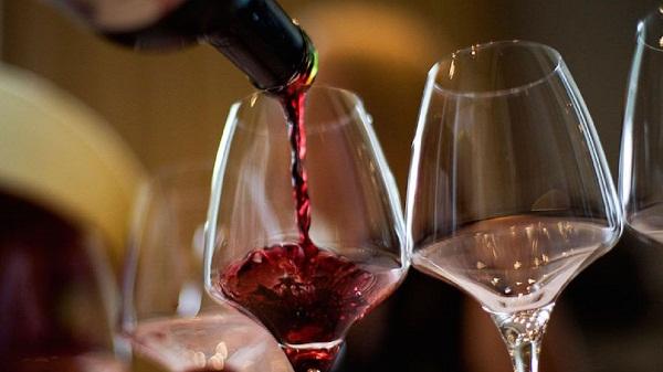 Можно ли пить алкоголь после инсульта (совместимость и последствия). Минздрав разрушает мифы: после инсульта можно пить кофе