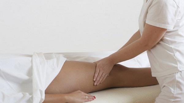 Можно ли делать массаж ног при варикозном расширении вен? Массаж ног при варикозе: как правильно делать самому, какой лучше выбрать